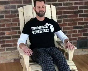 Homem Desenvolve Cadeira De Madeira Com Massagem Completa Incluída 5
