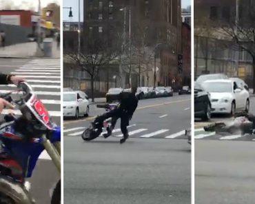 Polícia Cai Ao Andar Irresponsavelmente De Moto Em Movimentada Rua 3