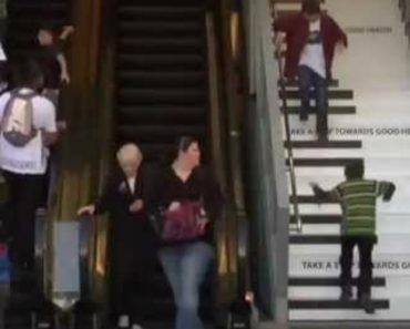 Centro Comercial Converte Escadas Em Piano Para Encorajar Clientes a Deixarem De Usar Escadas Rolantes 1