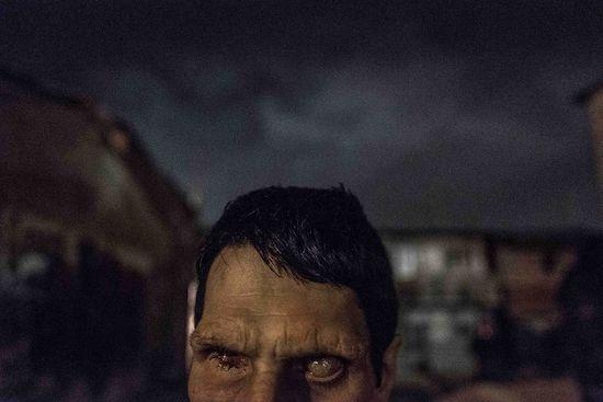 Fotógrafo Capta Imagens Da Vida Que Resta No Bairro Clandestino 6 De Maio Na Amadora 24