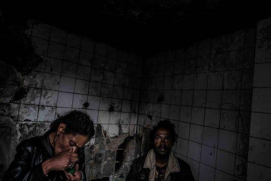 Fotógrafo Capta Imagens Da Vida Que Resta No Bairro Clandestino 6 De Maio Na Amadora 26