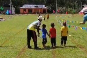 Criança Protagoniza Cómico Momento Durante Corrida Infantil 10