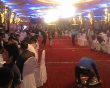 Como é Servida a Comida Num Casamento Afegão! 7