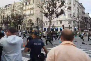 Adeptos Ingleses Causam Distúrbios No Porto e Polícia é Forçada a Intervir 5