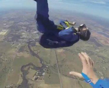 Paraquedista Desmaia Durante Salto e Instrutor Salva-o De Forma Impressionante 6